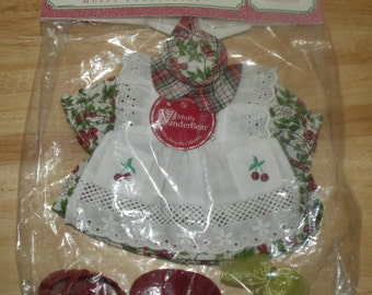 "MUFFY Vanderbear ""The Cherry Pie Collection"""