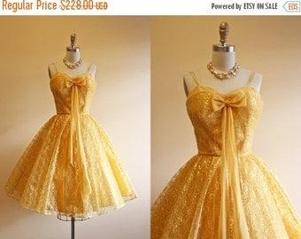 ON SALE 50s Dress - Vintage 1950s Dress - Gold Metallic Lace Chiffon Wedding Prom Party Dress S M - Marigolden