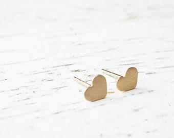 14k Gold Studs / 14 Karat Gold Heart Earrings / Heart Earrings / Small Gold Post Earrings / Simple Heart Earrings / Heart Jewelry