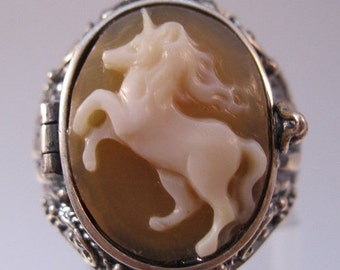 15% OFF SALE Unicorn Cameo Poison Locket Ring Sterling Silver Size 7 Hand Carved Shell Vintage