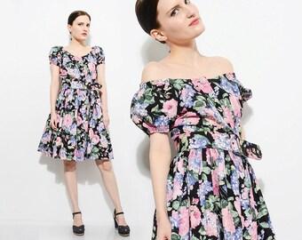 80s does 50s Black Floral Cotton Dress Off Shoulder Garden Party Rockabilly Retro Full Skirt Puff Sleeve Belted Mini Dress Medium M