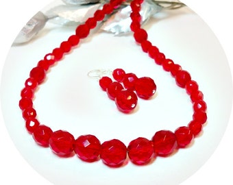 Red Jewelry Set, Necklace Earrings, Bright Red, Holiday Jewelry, Red Necklace, Red Earrings, Red Wedding, Red Jewellery