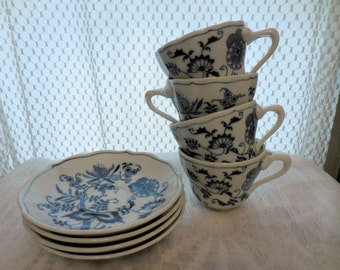 Blue Danube JAPAN Porcelain China Tea Cups and Saucers Set of 4