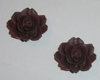 Clearance Sale -- 17mm Resin Cabochons Vintage Style Resin Flowers  -- WINE dark red  flat back, no hole cabochons -- 8 pieces
