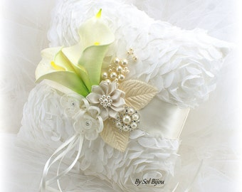 Ring Bearer Pillow, Ivory, Cream, Calla Lily, Elegant Wedding,Vintage Style,Brooch Pillow, Garden Wedding, Chiffon, Brooch, Pearls, Crystals