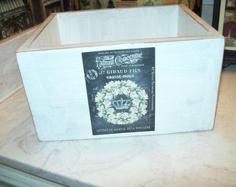 Chalkboard look wreath crown Storage Box ,PARIS decor,Paris theme,Paris bathroom decor,Paris wedding decor,Paris party decor