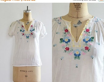 50% OFF SALE vintage 1970s Boho Blouse • Embroidered Blouse • 70s bohemian blouse • small