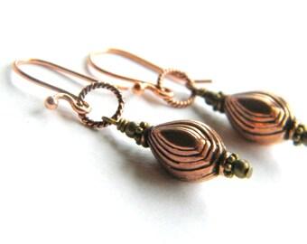 Copper Earrings, Dangle Earring, Textured Earrings, Vintage Style Earrings, Drop Earrings, Pendant Earrings