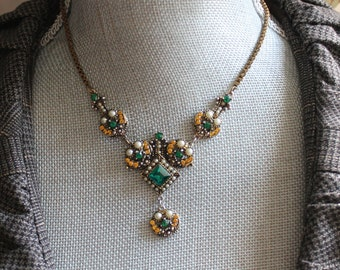 Vintage Emerald Green, Topaz and Faux Pearl Pendant Necklace