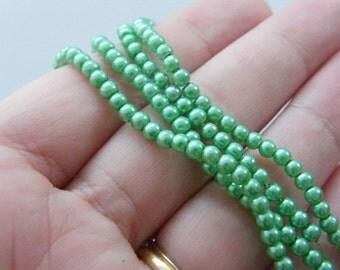210 Green imitation pearl glass beads B141