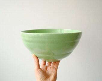 Vintage Bowl, Ceramic Mixing Bowl in Pistachio Mint Green