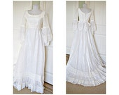 Vintage 1970s hippie boho maven wedding gown - bell lace sleeves - chiffon