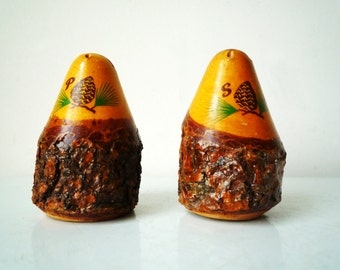 Mid Century Colorado Souvenir Wooden Pine Cones Salt & Pepper Seven Falls Colorado, SALE