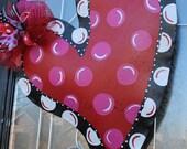 Medium Curvy Heart Door Hanger
