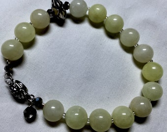 Peace Jade Bracelet with Special Silver Bead
