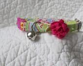 Cat Collar with flower  Cat  Breakaway Collar Custom Made Paisley