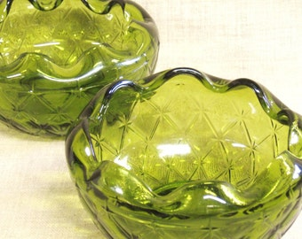 Vintage Green Glass Bowls, Pair, Serving, Snack Bowl, Nut, Candy Dish, Potpourri, Decorative, Scalloped, Matching Set, Vanity, Entertaining