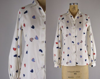 vintage 1970s blouse / 70s top / Altered Hearts blouse