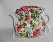Pretty Poppies  Reversible 6 Cup Teapot Cozy