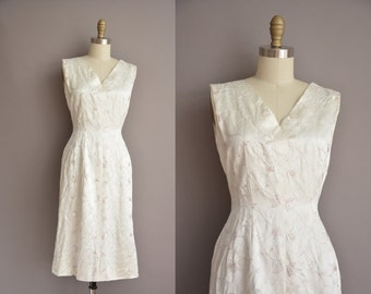 50s white satin embroidered vintage wiggle dress / vintage 1950s dress