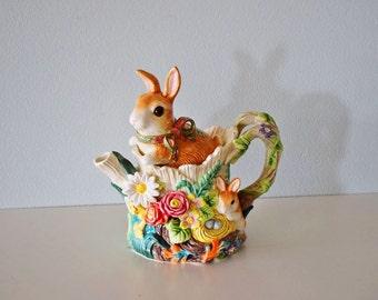 Vintage Ceramic Fitz and Floyd Classics Bunny Rabbit Majolica Style Teapot
