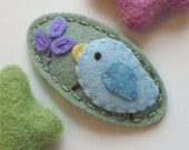 Felt hair clip -No slip -Wool felt -Pale blue bird and a sprout -tea green