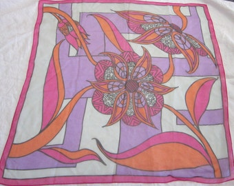vintage scarf - retro floral - 26 x 26 inches