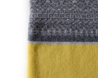 Babies Blanket, Knitted Baby Blanket, wool blanket, nursery blanket, grey yellow blanket, knitted baby blanket, grey baby blanket, swaddle