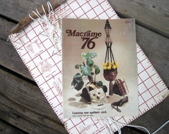 Macrame Pattern Book - Knotted Handbags, Belts, Jewelry, Pot Hangers