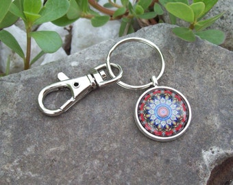 Sale - Keychain with Swivel clip, Bohemian keychain, Hippie key ring, Kaleidoscope key chain, colorful Mandala art cabochon, yoga mat clip