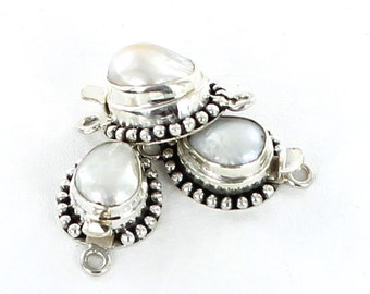 Free Form Pearl Clasp Cream 10mm New World Gems