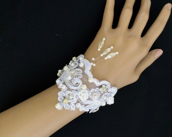 Beaded Bridal Cuff, Beaded Wedding Cuff, Beaded Embroidered Cuff, Beaded Embroidered Bracelet, Victorian Bridal Jewelry