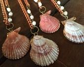 Seashell Necklace/ Beach Accessories/ Seashell Jewelry/ Clam Necklace/ Boho Bride/ Beach Wedding/ Beach Jewelry/ Mermaid Necklace/