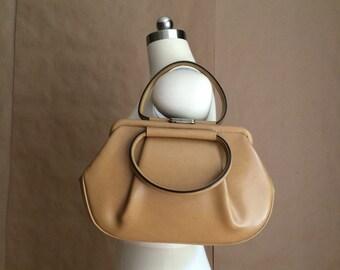 vintage 1950's 60's mod butterscotch vinyl handbag / top handle / womens purse