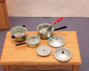 Miniature Cookware Pot & Pan Set Scale Dollhouse Kitchen w Spoon