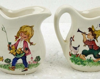 Vintage USA Pottery Children Creamer Milk Set Boy with Geese Girl with Baby Chicks Cottage Chic Child's Cream Ware ATCTTEAM TNTEAM