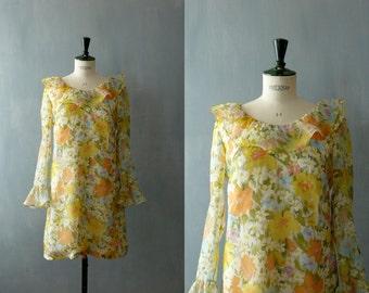 Vintage 1960s ruffle collar shift mini dress. Vintage chiffon dress. 60s floral print minidress