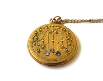 Antique Locket Victorian Etruscan Revival Locket c.1880s