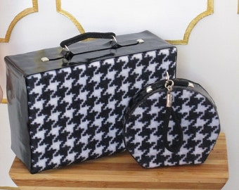 HOUNDSTOOTH CLASSIC - suitcase and train case for Barbie and similar size dolls