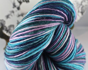 Handspun Yarn Gently Thick and Thin DK Single Polwarth  'Witching Hour'