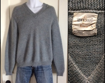 Vintage 1950's Mohair Pullover V neck Sweater size Large Fuzzy Gray Grunge Rockabilly