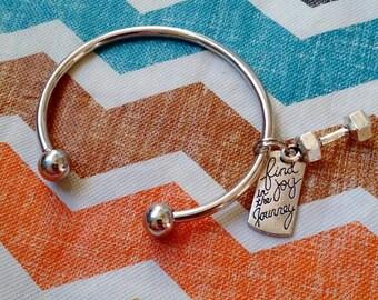 Find joy bracelet