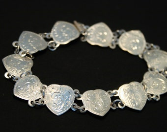 Vintage silver heart bracelet.  Thai silver bracelet