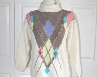 Vintage LAMBSWOOL ANGORA Argyle Sweater . 1980s Ivory OVERSIZE Turtleneck Pullover Sweater . Size Medium