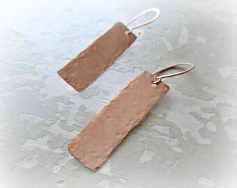 Hammered Copper Earrings, Copper Bar Earrings, Metalwork Jewelry, Textured Earrings, Dangle Earrings, Bohemian Earrings, Long Earrings