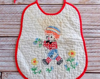 Vintage Raggedy Andy Baby Bib / Vintage Embroidery / Vintage Infant Bib
