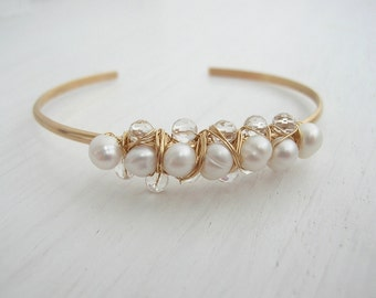 Pearl and Crystal Linea Bangle