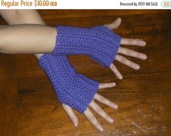 The Iris Crochet Fingerless Gloves. Bohochic Orchid Lavender Arm Warmers Fingerless Mittens Texting Gloves Shorty Handmade Crocheted Simple