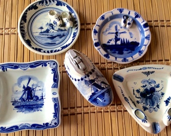 Vintage Blue Delft Table Lighter and 4 Ashtrays