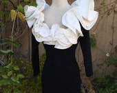 1980s designer Lillie Rubin black and white dramatic collar wiggle cocktail dress size S M
